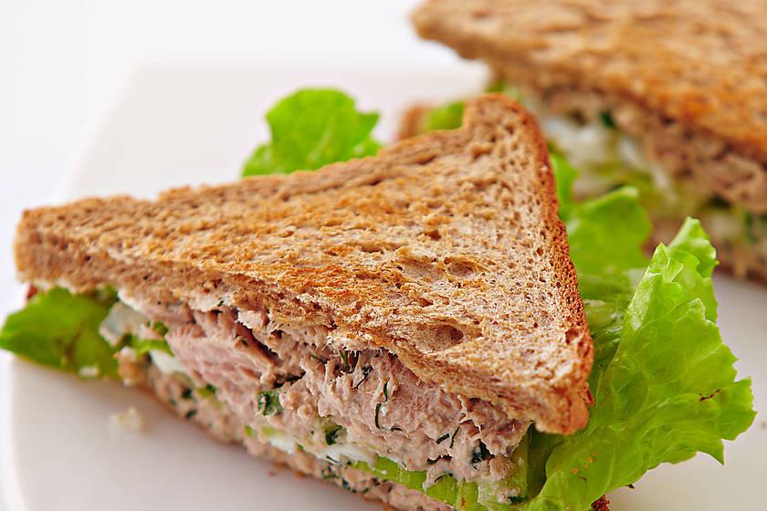 Горячие бутерброды — простые рецепты