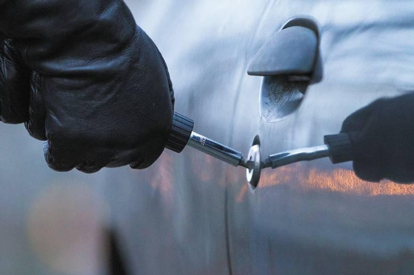 ТОП-10 вещей, которые могут украсть из вашей машины