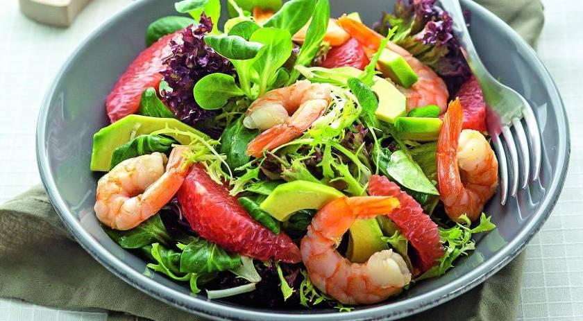 Лучшие рецепты салатов с креветками