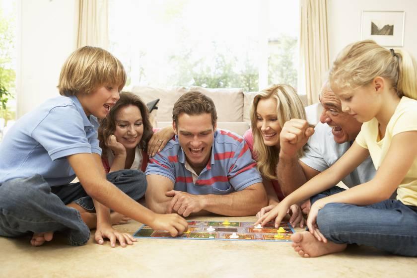 Топ самых интересных развлечений для родителей и их детей