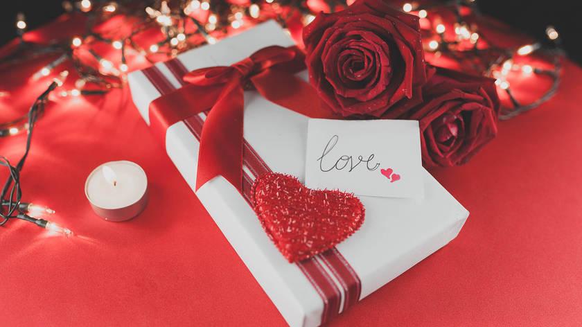 Встречаем День Валентина красиво: 6 интересных идей как незабываемо провести праздник